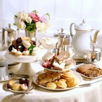Afternoon tea table - Take afternoon tea in London, by Adrienne Wyper