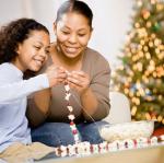 Making a Christmas popcorn garland