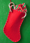 Blanket-stitched felt Christmas stocking to make
